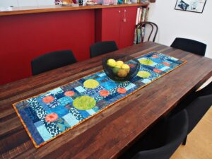 Twirl Table Runner pattern